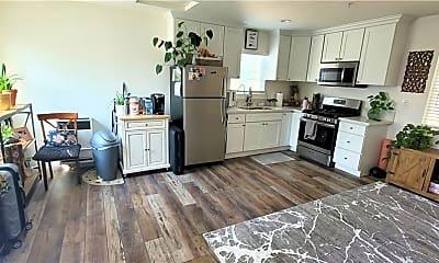 Kitchen, 928 Bilton Way, 0