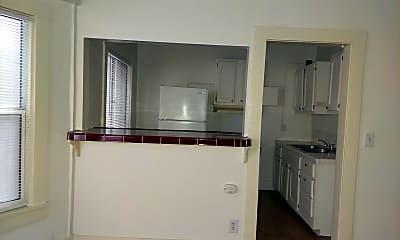 Kitchen, 629 Pine Ave, 2