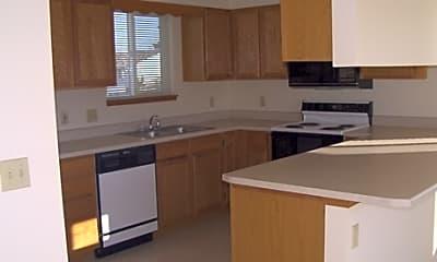 Inland Village Apartments, 2