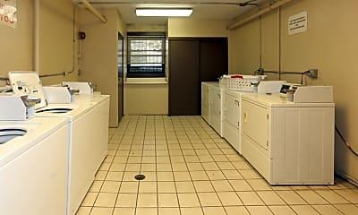 Kitchen, 3162 N Cambridge Ave, 2