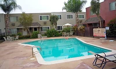 Pool, 463 Ballantyne Street #37, 1
