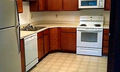 Kitchen, 3321 Frontier St, 1
