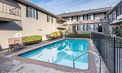 Pool, 60 Roberts Rd, 1
