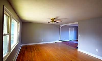 Living Room, 1307 Harris St, 1