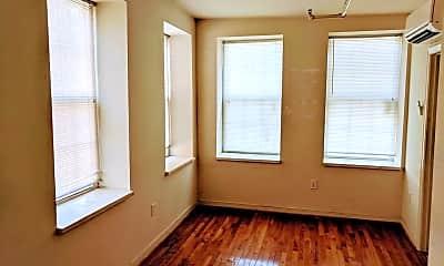 Bedroom, 517 N Harrison St, 1