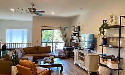 Living Room, 815 E Rose Ln, 0