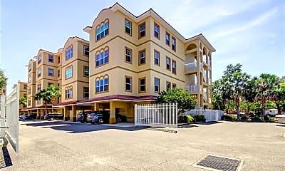 Building, 606 Wells Ct 402, 2