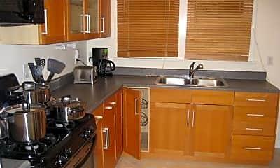 Kitchen, 206 California Ave, 2