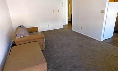 Living Room, 3290 1/2 Lombardy Ln, 1