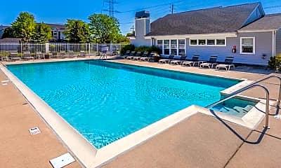 Pool, Eagle Chase, 0
