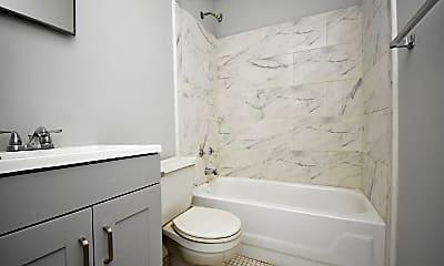 Bathroom, 2413 Greenmount Ave, 2