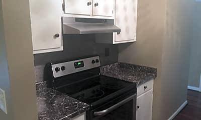 Kitchen, 2214 Sherwood Ave, 2