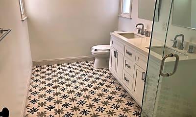 Bathroom, 5005 Chesley Ave, 2