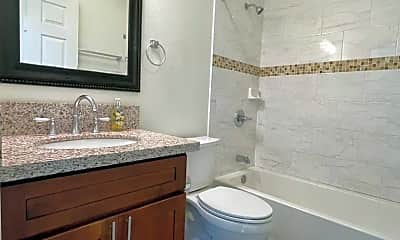 Bathroom, 1917 Pacific Heights Rd, 2