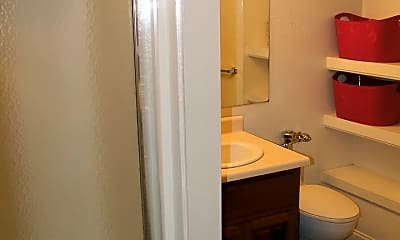Bathroom, 429 Normal Ave, 2