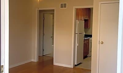 Bedroom, 704 N Linden Ave, 0