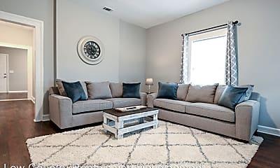 Living Room, 1623 E Broad St, 1