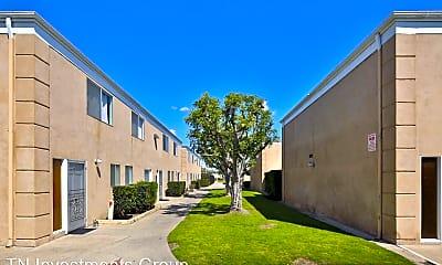 Building, 2950 W Lynrose Dr, 0