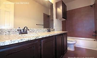 Bathroom, 2527 Pahmeyer Rd, 2