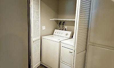 Bathroom, 36992 Meadowbrook Common, 2