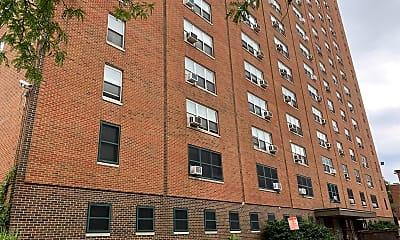 Wade Apartments, 0