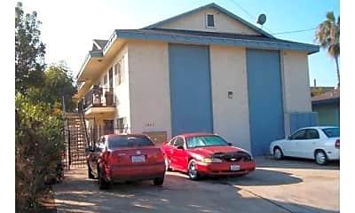 Building, 1041 Calla Ave, 2