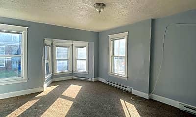 Living Room, 447 W Washington St B, 2