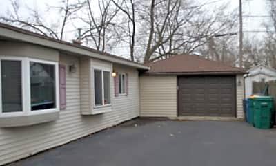 Building, 420 N Briggs Street, 0