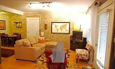 Living Room, 4936 N Winthrop Ave, 2