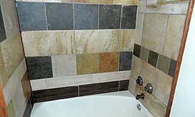 Bathroom, 3516 SW 9th St, 2