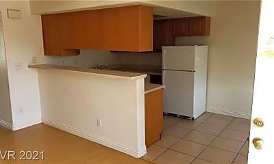 Kitchen, 5165 E Glendale Ave C, 1