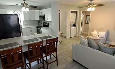 Kitchen, 519 31st St, 2