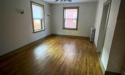 Living Room, 4915 W Belle Plaine Ave, 0