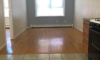 Living Room, 18 Belmont St, 1
