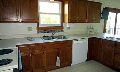 Kitchen, 1939 Crescent Dr, 1