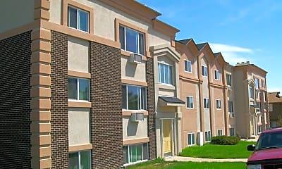 Building, 2034 W Plum St, 2