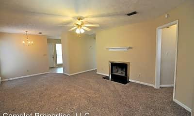 Living Room, 3344 Horseshoe Cir, 1