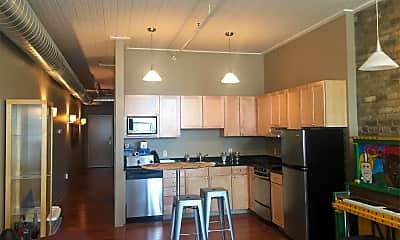 Kitchen, 305 N Broadway Dr, 0
