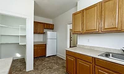 Kitchen, 2826 Windsor Ave, 2