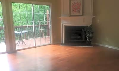 Living Room, 6332 Views Trace Dr, 1