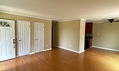 Living Room, 2358 Opalo Way, 1