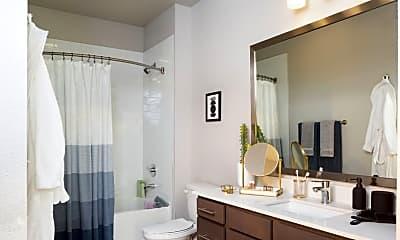 Bathroom, 500 Throckmornton, 2