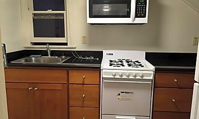 Kitchen, 2541 Piedmont Ave, 1
