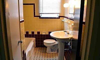 Bathroom, Roselawn Village, 2