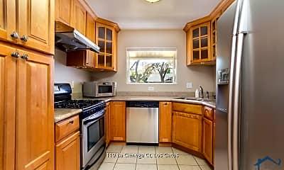 Kitchen, 119 La Cienega Ct, 1