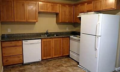 Kitchen, 10950 NE Wygant St, 2
