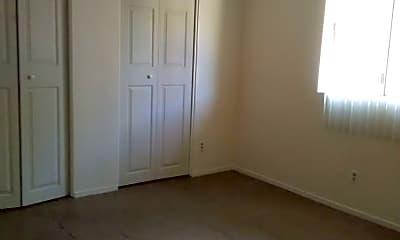 Bedroom, 231 W Lee St, 2