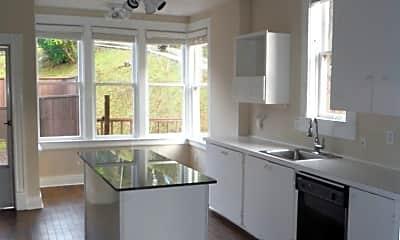 Kitchen, 158 Flavel St, 2