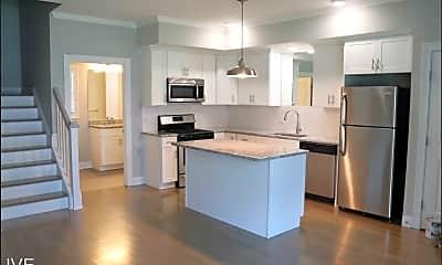 Kitchen, 39 Glenwood Ave, 0