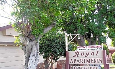 Royal Apartments, 2